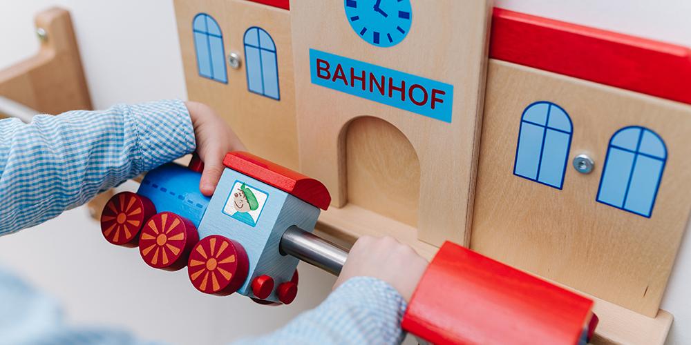 Blaues Haus | Nebenraum-Spielstange
