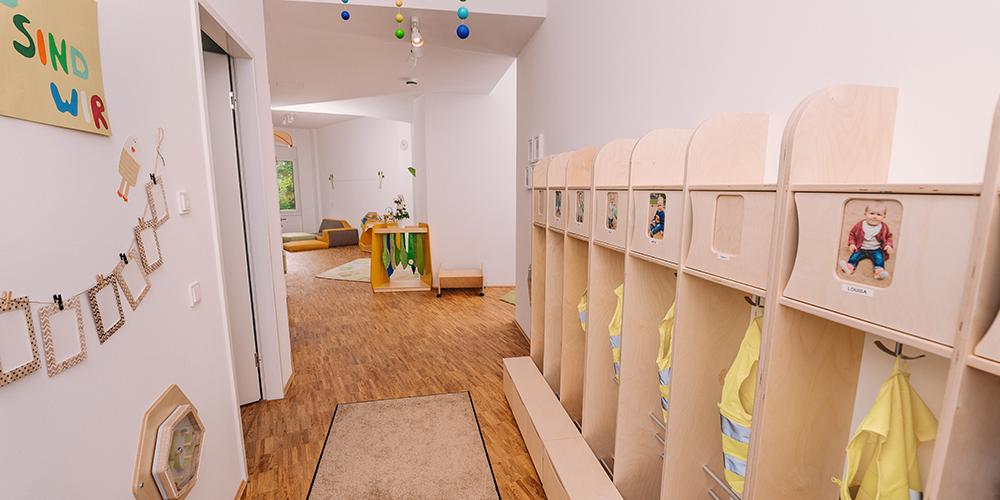 Gelbes Haus | Garderobe