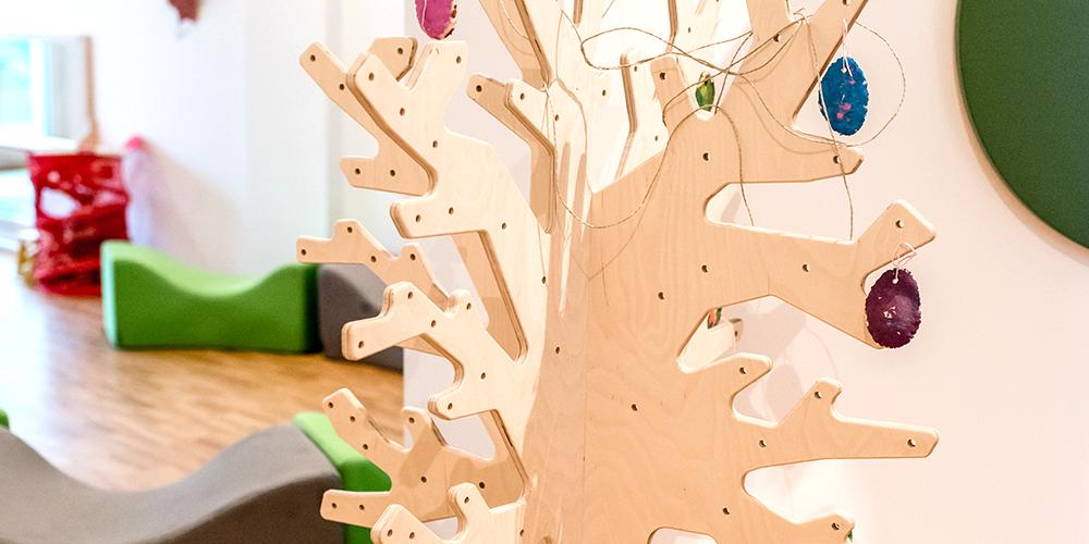 Lila Haus | Flur – Unser Motorikbaum